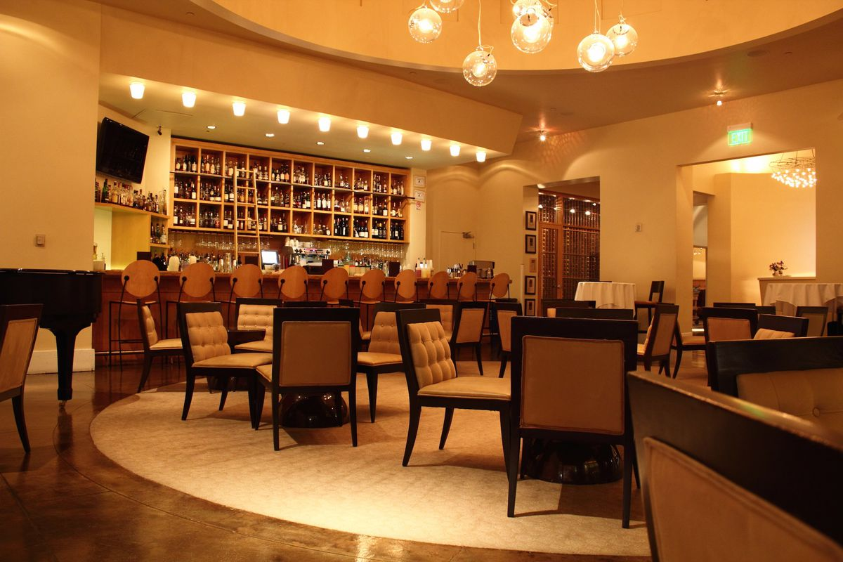 Delmonico Steakhouse Interior