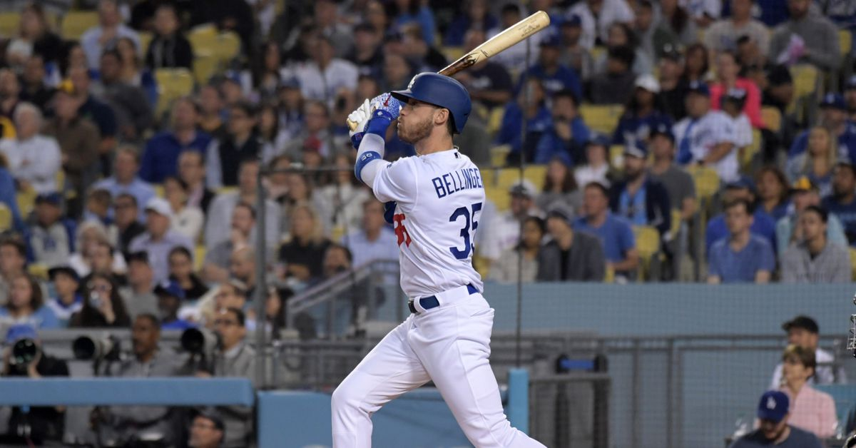 How swing changes have Cody Bellinger chasing .400