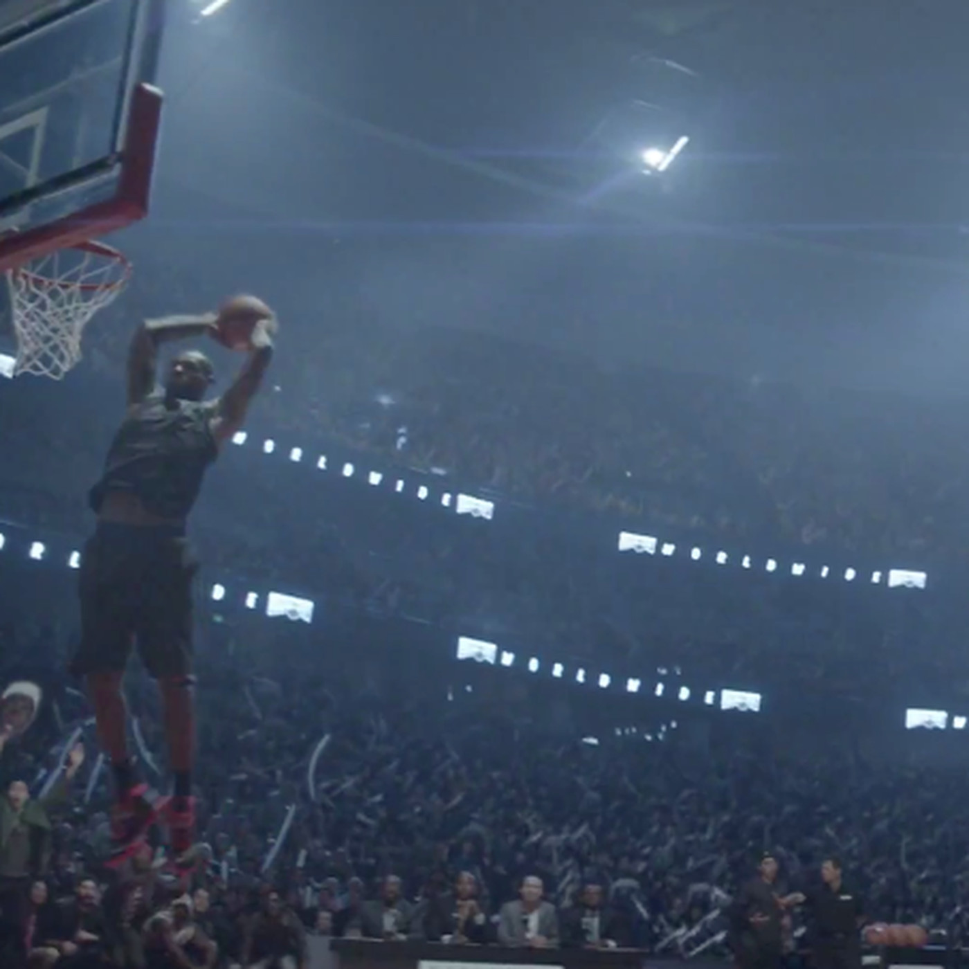 the latest 11b94 ac12c LeBron James appears in Nike commercial participating in a slam dunk  contest - Hot Hot Hoops