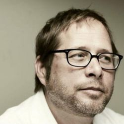 """<a href=""""http://eater.com/archives/2011/05/17/david-kinch-eater-interviews.php"""" rel=""""nofollow"""">David Kinch on the California Cuisine Renaissance and 'Nauseating' Locavorism</a><br />"""