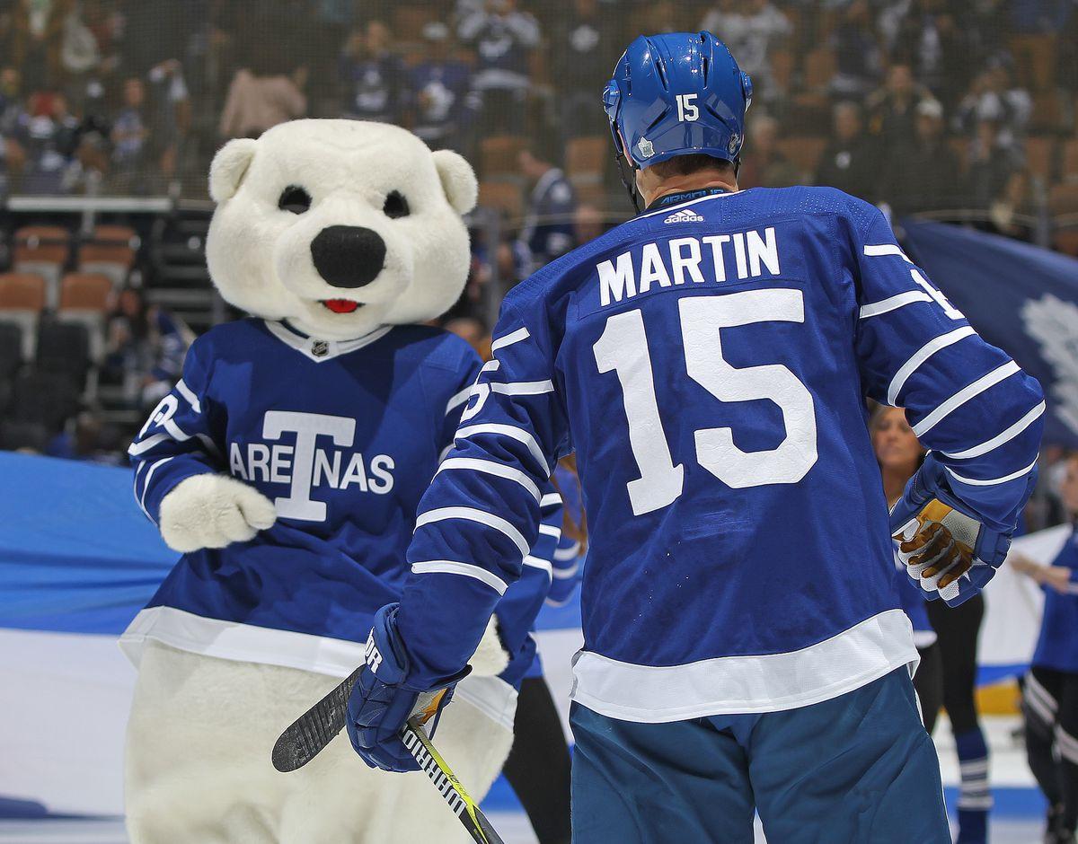 Carolina Hurricanes v Toronto Maple Leafs