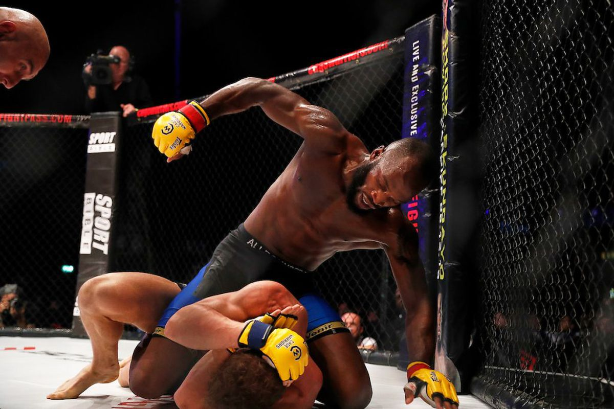 Ufc Schedule 2020.Cage Warriors Contender Alex Lohore Hoping For Spot On