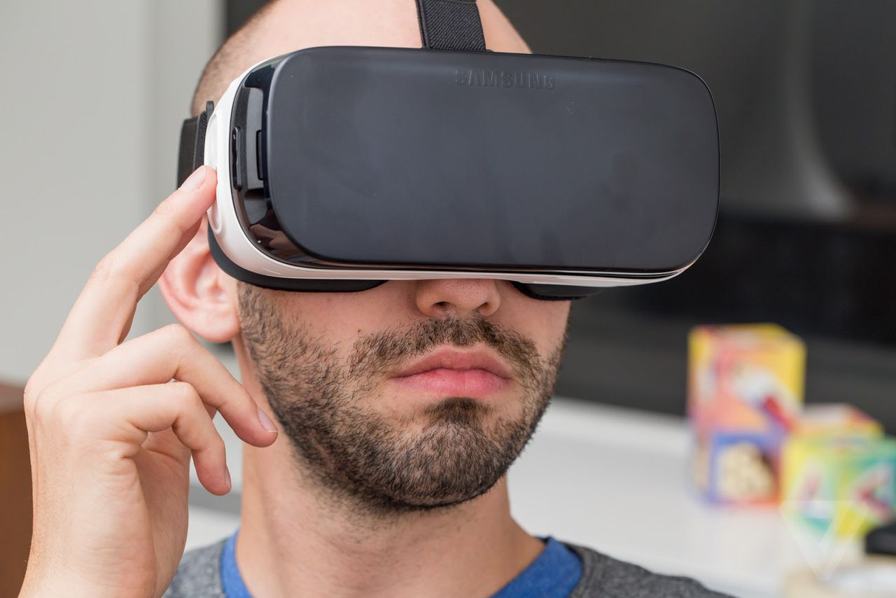 Hurts so good: 12 hours with the new Samsung Gear VR | The Verge