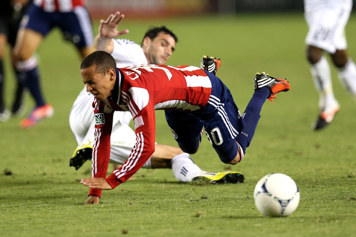 CARSON, CA - JULY 07:  This is the closest visual approximation to the whole match.  (Photo by Stephen Dunn/Getty Images)