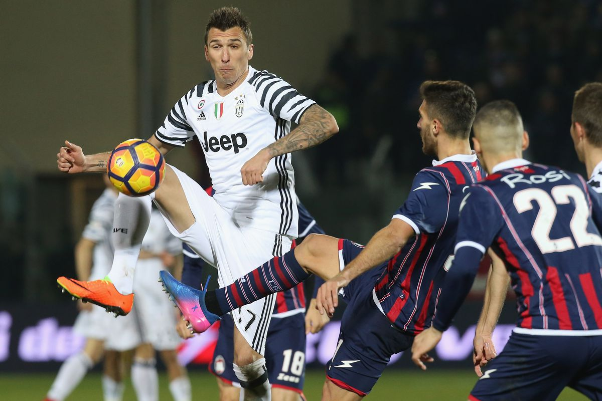 AC Milan vs Juventus live streams: How to watch Serie A ...