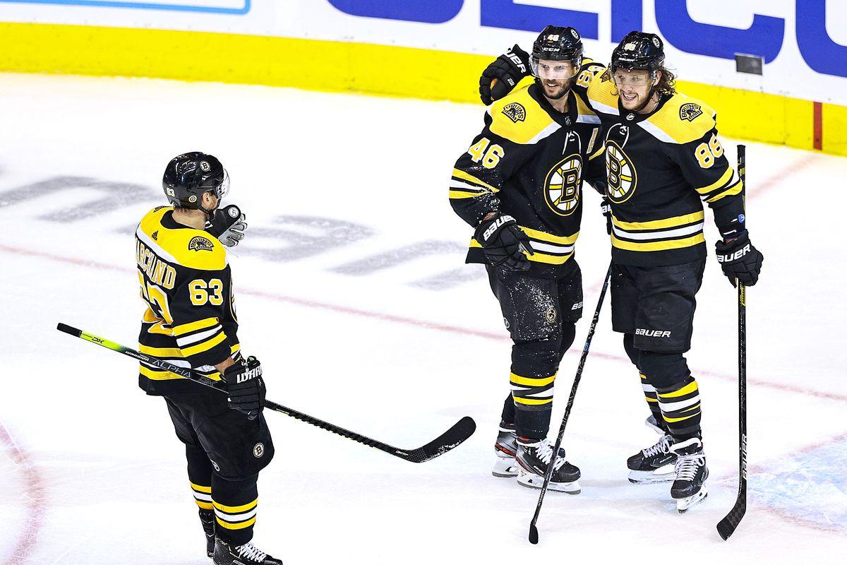 Carolina Hurricanes v Boston Bruins - Game Five