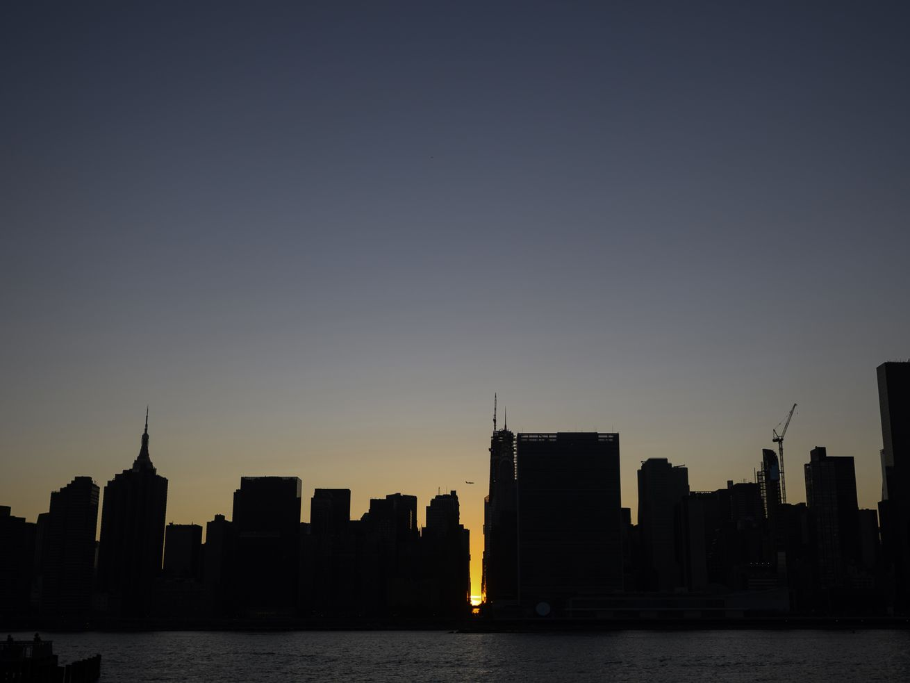 Midtown Manhattan's silhouetted skyline as the sunsets during the July 13, 2019 blackout.