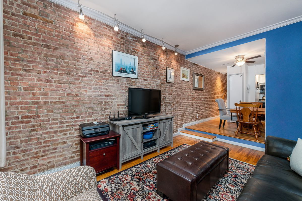 For 699k An Upper East Side Duplex With A Balcony
