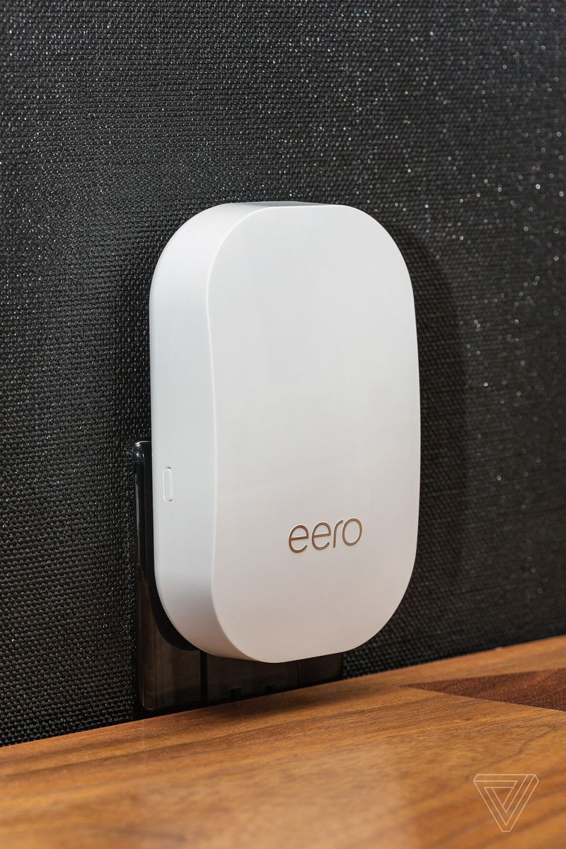 The new Eero Beacon