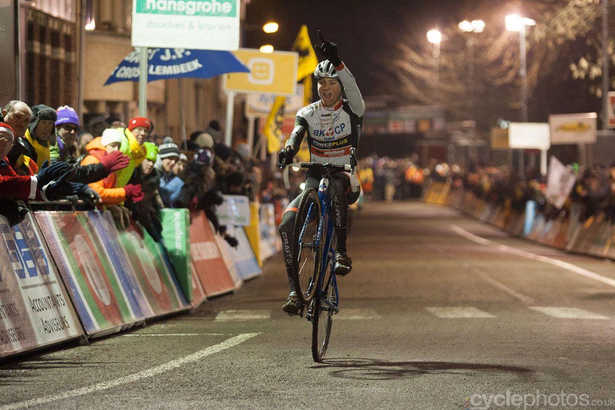 Mathieu van der Poel's winning wheelie in Diegem.