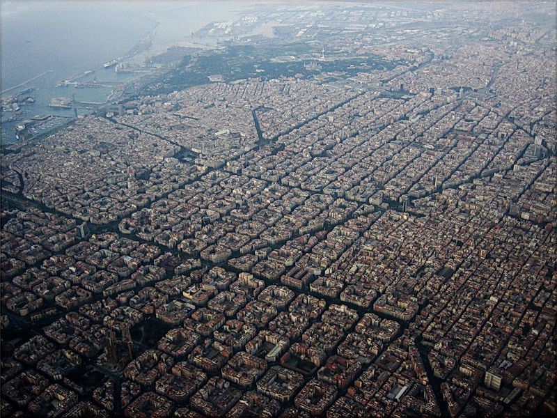 The Eixample, from the air, in 2007.