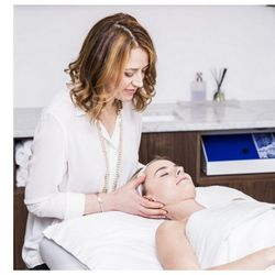 """4) <a href=""""http://www.rescuespa.net/spa-services/facial/classic-rescue-facial/"""">Classic Rescue Facial</a> at Rescue Spa, $110 </br>  Combining dermatology with soothing spa practices, Rescue Spa is pretty serious about facials. The <a href=""""http://www."""