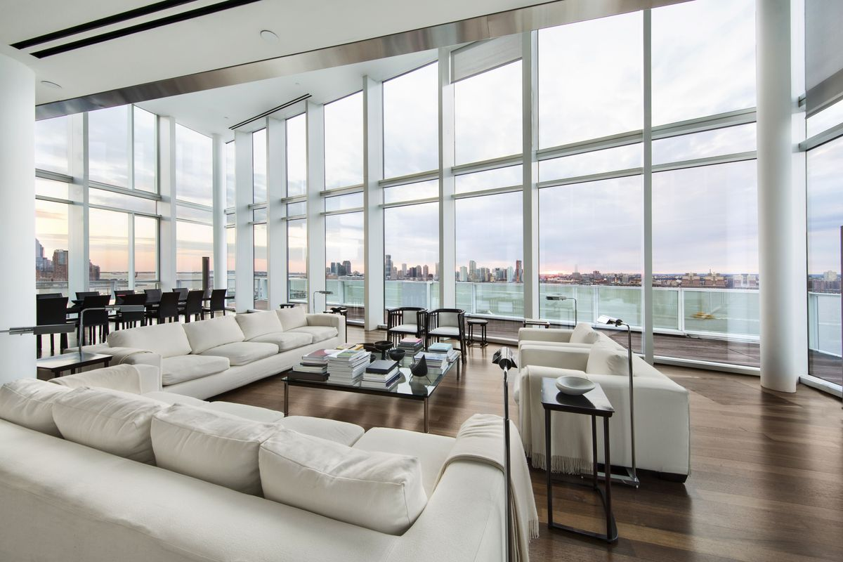 That This Apartment Would Have Better Luck Finding A Er Than The Of Tribeca S Sky Lofts Owing To Its Starchitect Cred Were Not Entirely
