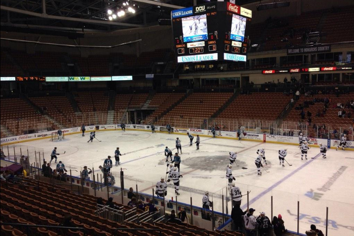 The Worcester Sharks and Manchester Monarchs during warm-ups Wednesday morning (near 10 am/et) at the Verizon Wireless Arena on Education Day (twitter.com/Finz06).