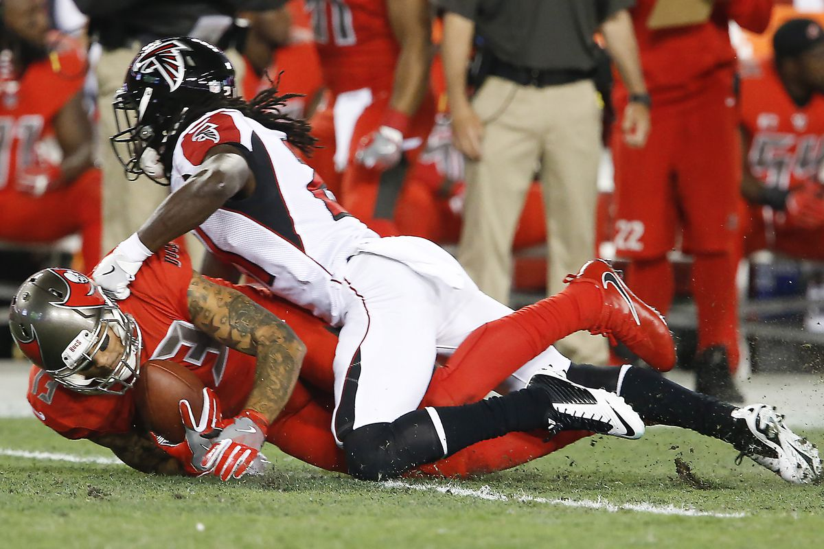 c2848af9 Buccaneers vs. Falcons: Fascinating Four for Week 12 - The Falcoholic