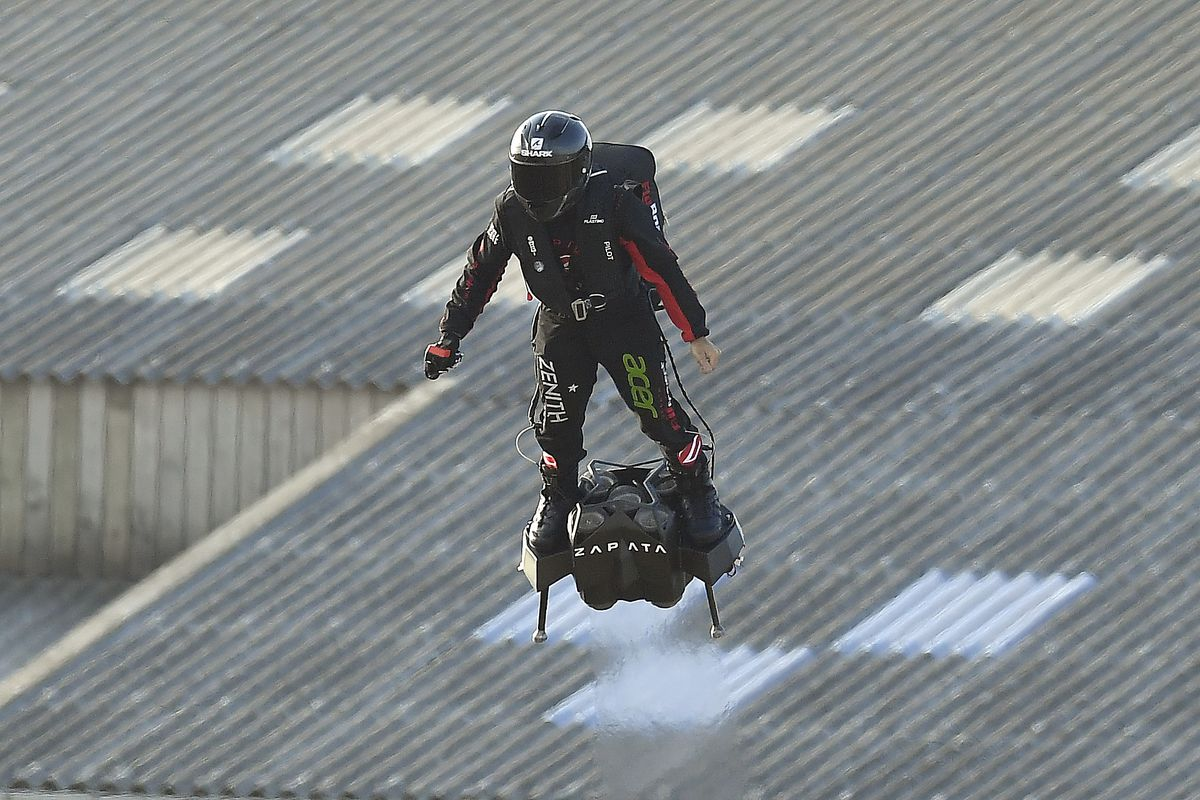 Franky Zapata Attempts To Cross The English Channel On His Flyboard