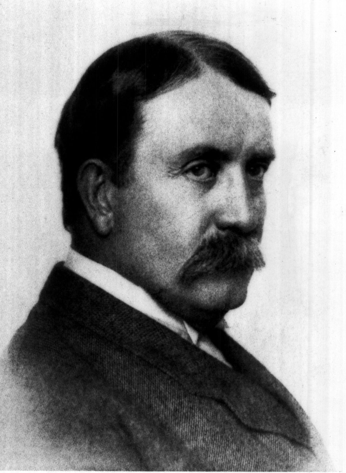 Architect and urban planner Daniel Burnham thought cities could be orderly and beautiful. He tested his theories as chief planner of the 1893 World's Fair and the 1909 Plan of Chicago.