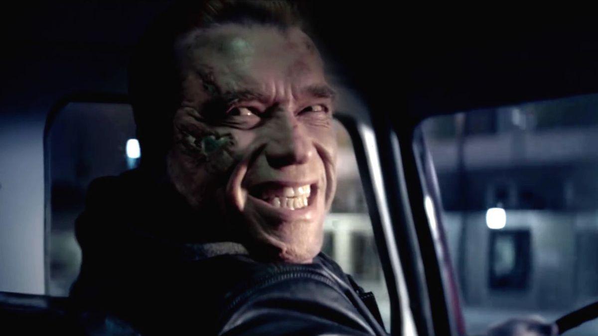 Arnold smiles in Terminator: Genisys