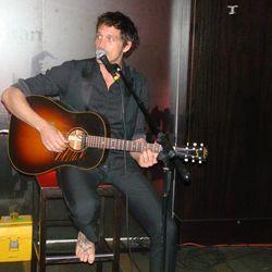 Ben Taylor performs.