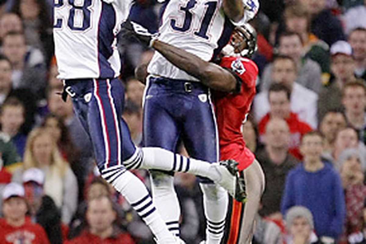 <em>Darius Butler, Brandon Meriweather and the Patriots defense put on a show against the Buccaneers in London.</em>