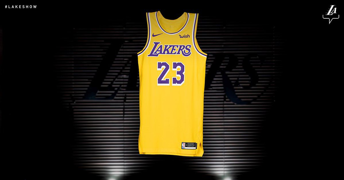 the lakers are going back to their showtime jerseys and they u2019re so damn good
