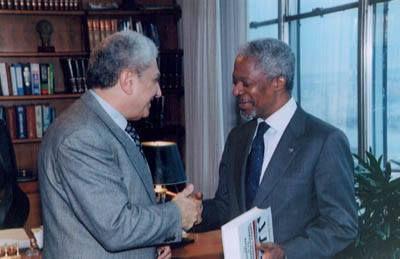 M. Cherif Bassiouni, left, with then-U.N. Secretary-General Kofi Annan. | Facebook