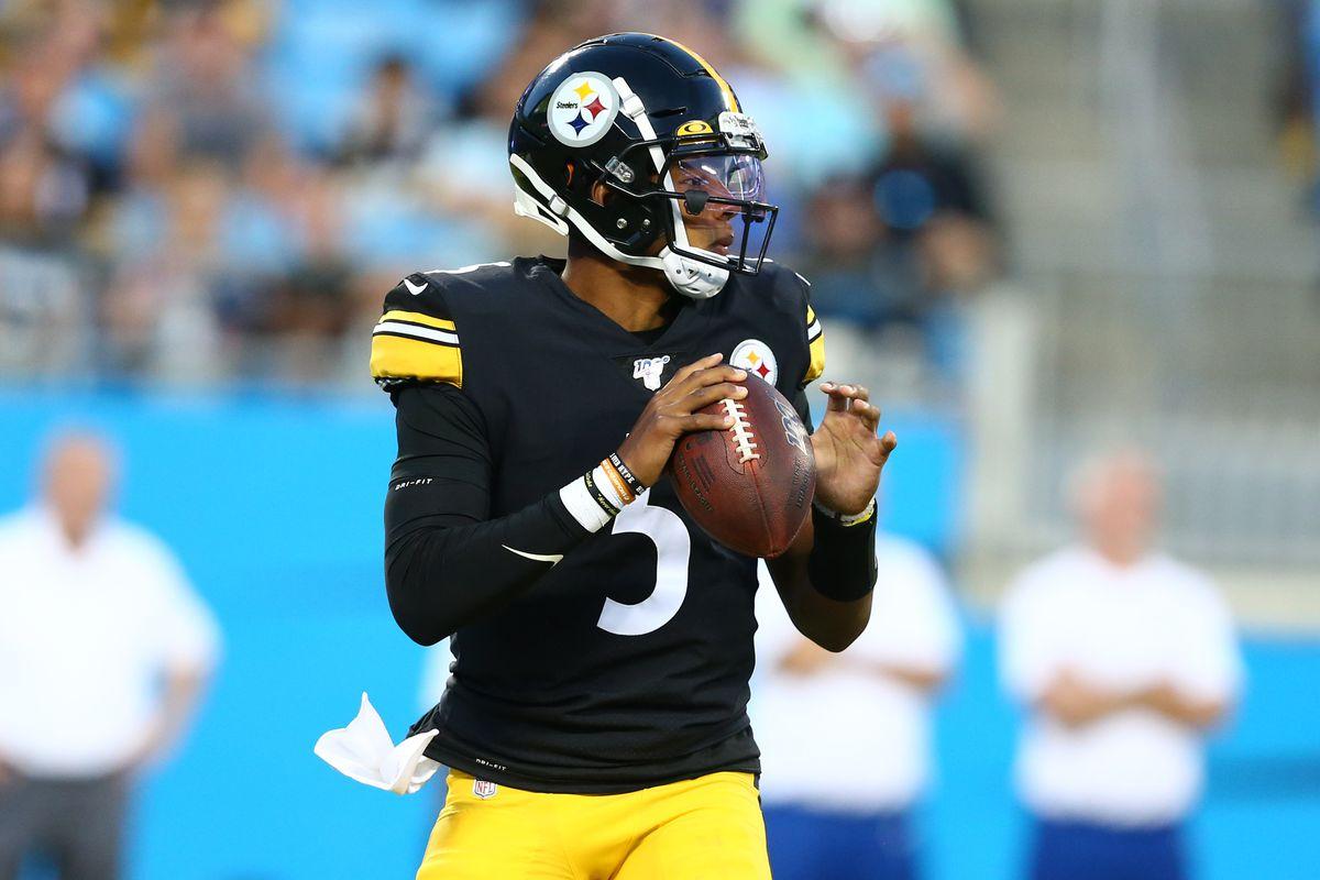 NFL: Preseason-Pittsburgh Steelers at Carolina Panthers