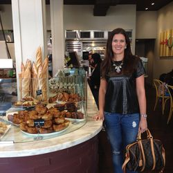 """Emily Martin of <a href=""""http://jsfashionista.com"""">The Jetsetting Fashionista</a> takes us through her perfect Saturday in Pacific Heights."""