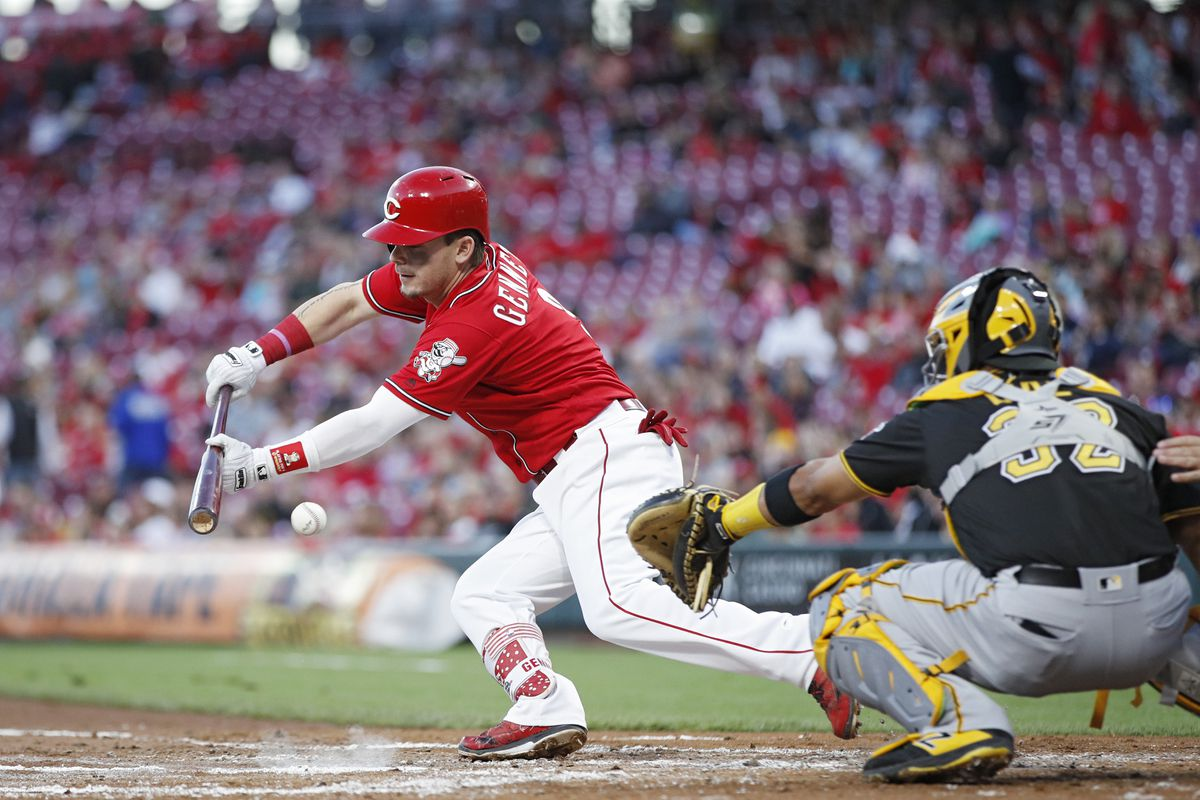 Scooter Gennett wants a contract that the Cincinnati Reds ...