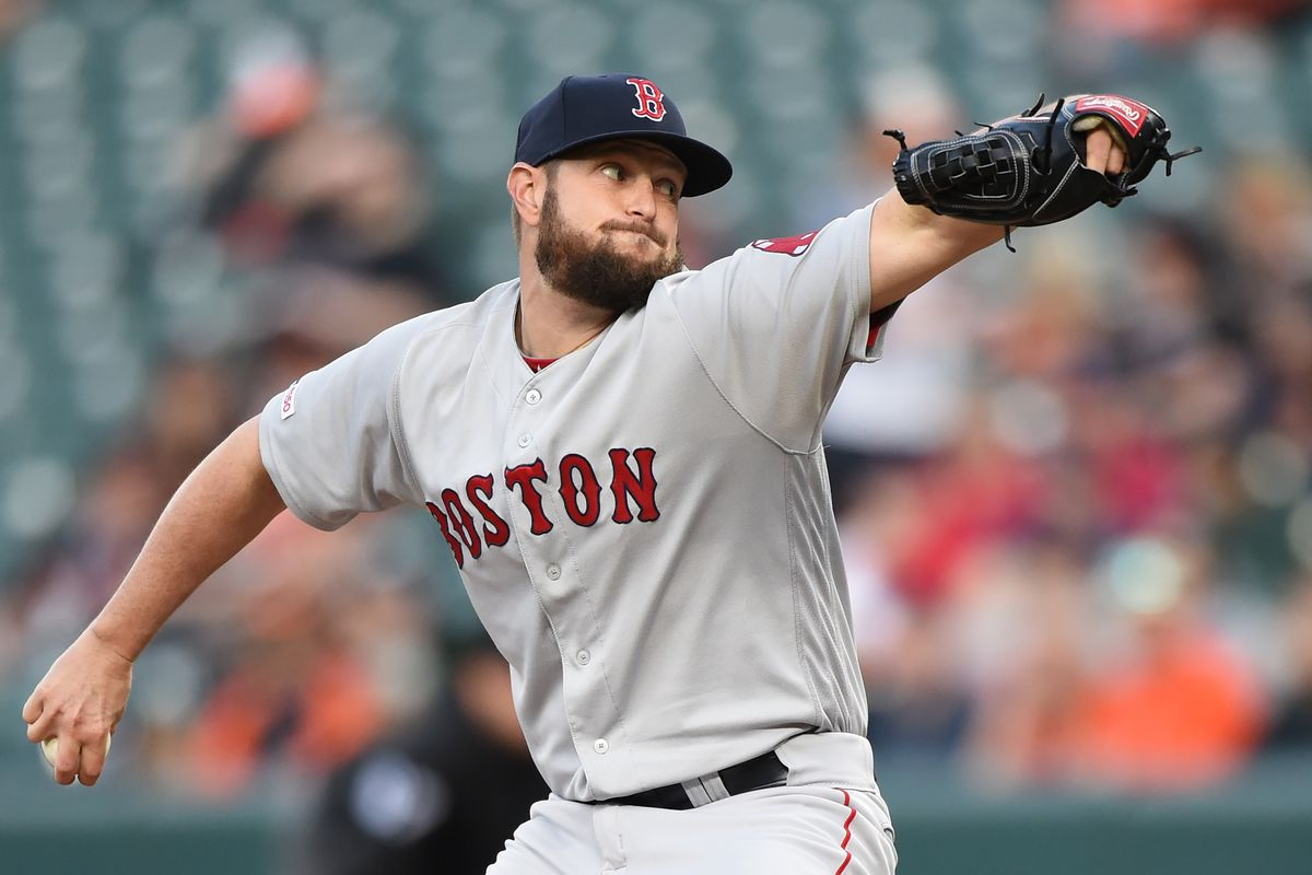 Red Sox option Josh Smith and Óscar Hernández to make room for David Price and Sandy León