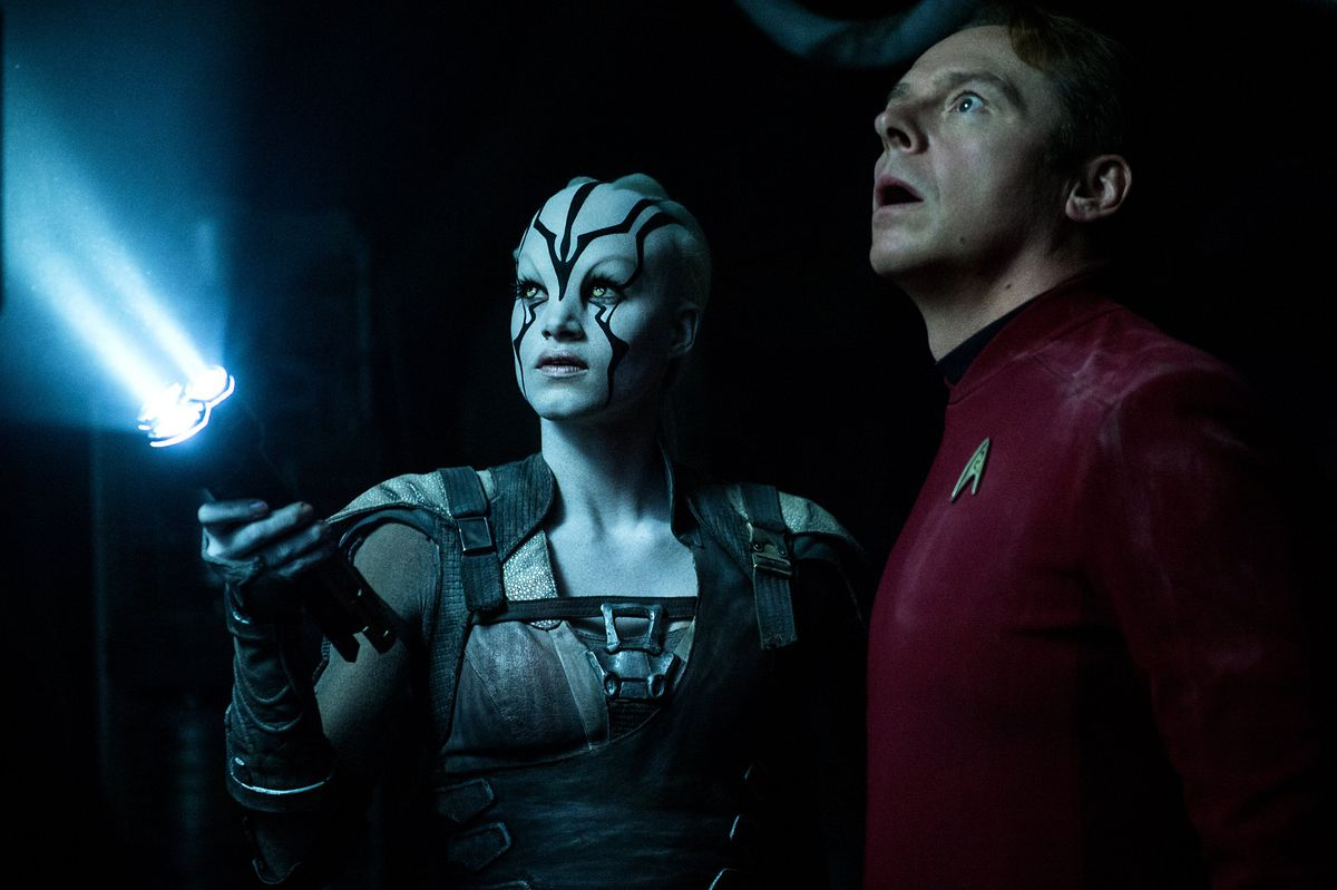 Star Trek Beyond Review Two Minutes Of Humor Two Hours Of Angst The Verge