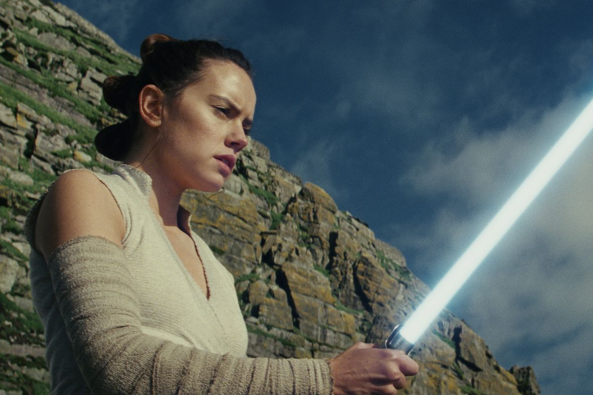 'Star Wars: The Last Jedi' finally in stock on Amazon