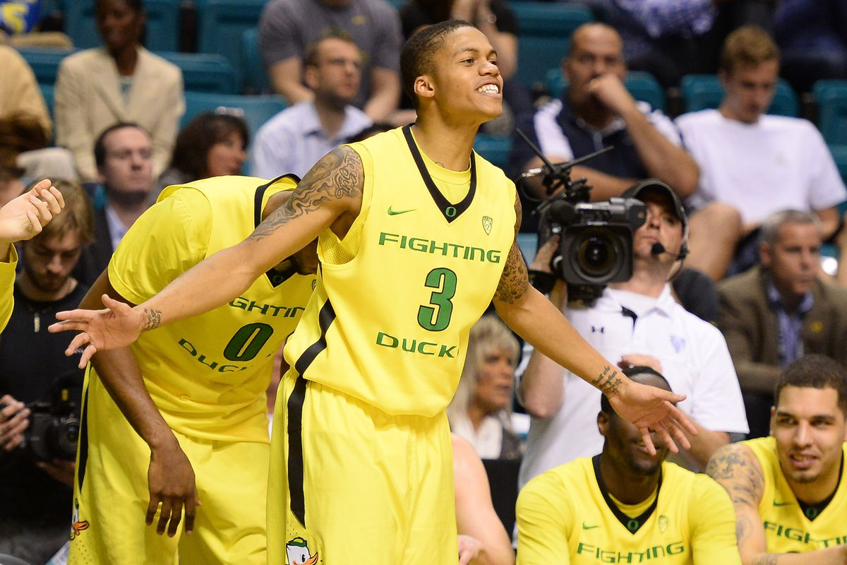Today is one of those rare occasions when its ok for Beaver fans to root for the Ducks, as Oregon attempts to carry the conference flag into the Sweet 16.