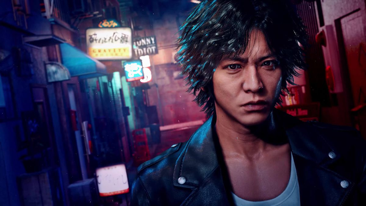 Lost Judgment's protagonist, Takayuki Yagami, stands in a dark alleyway