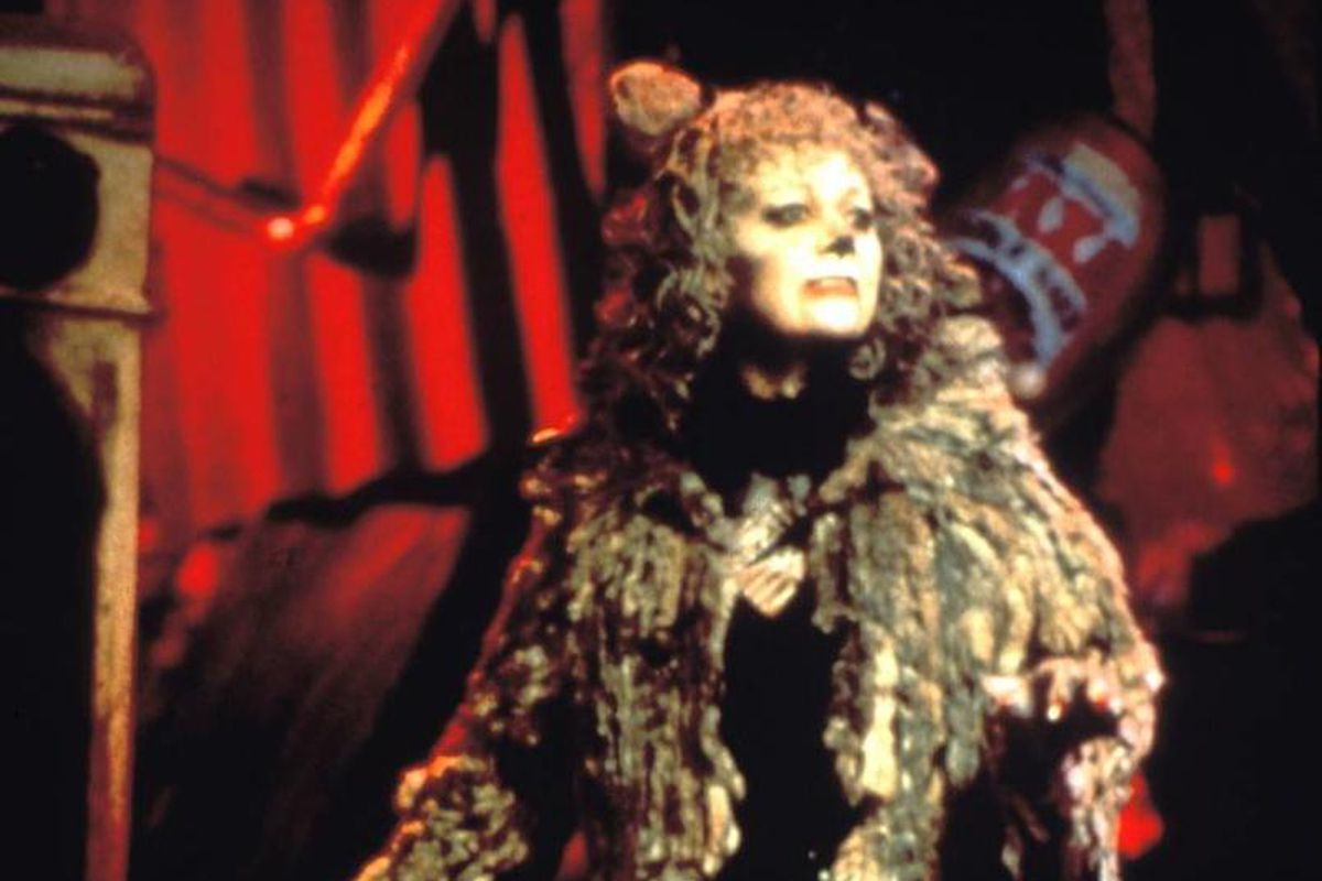 """Elaine Paige as Grizabella in the Tony Award winner for Best Musical, """"Cats,"""" with music composed by Sir Andrew Lloyd Webber. The 1998 broadcast had a record-setting viewership of 6 million Americans. The YouTube channel """"The Shows Must Go On"""" will stream the musical starting Friday."""
