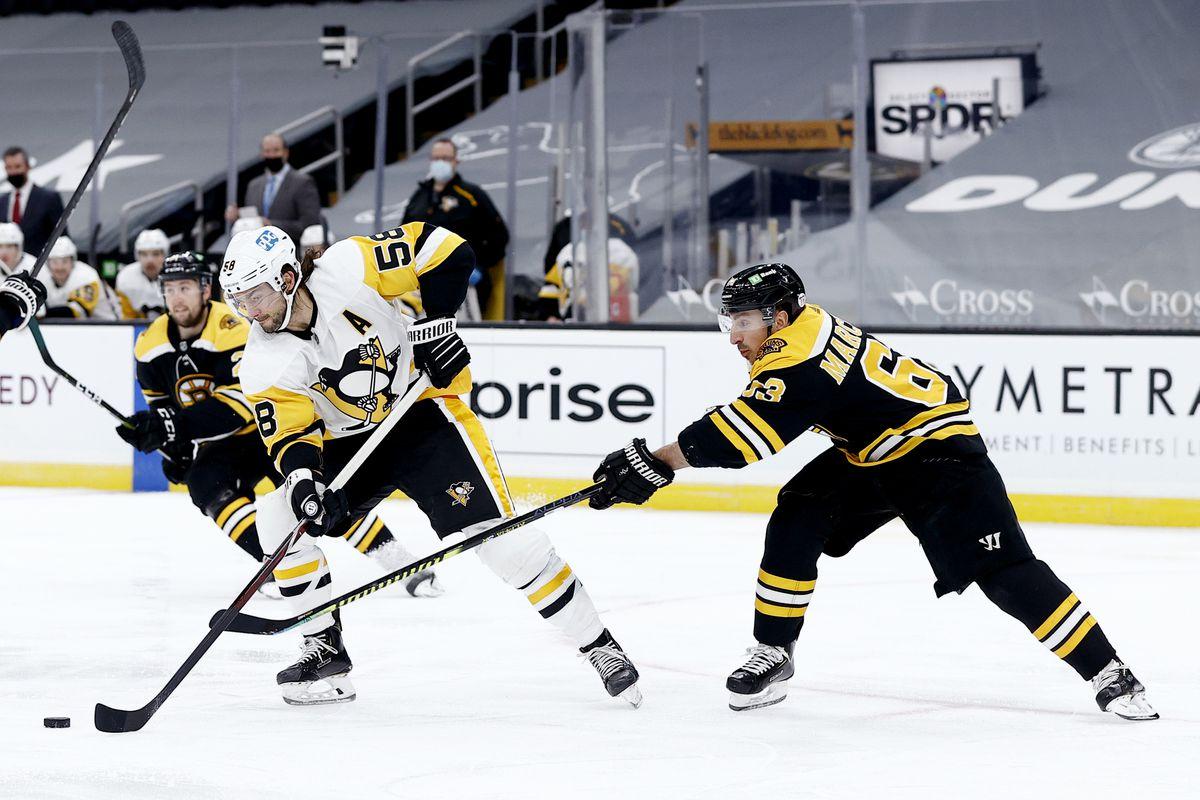 Pittsburgh Penguins v Boston Bruins