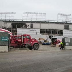Thu 1/7: cement delivered to plaza building -
