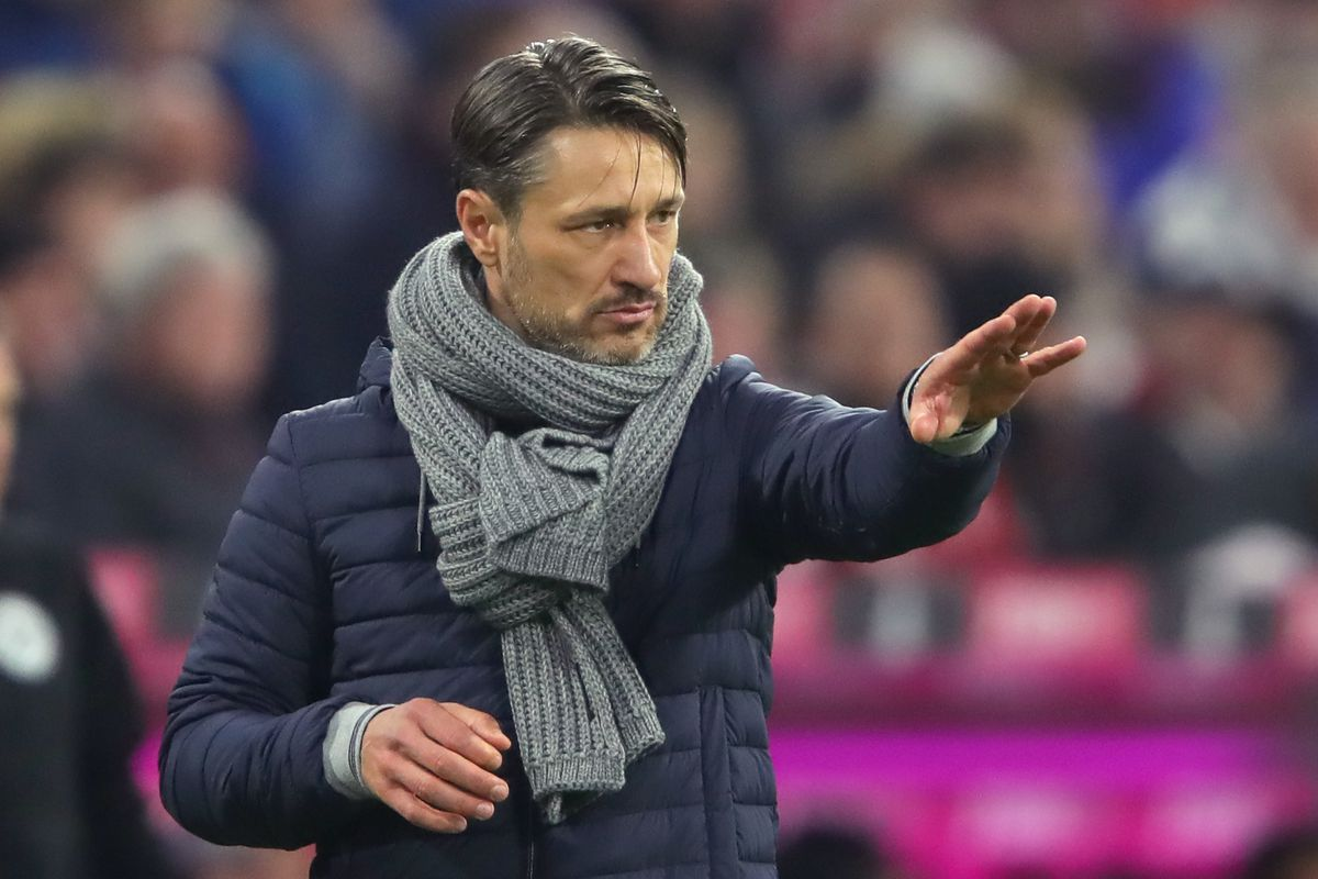 MUNICH, GERMANY - NOVEMBER 03: Niko Kovac, head coach of Bayern Muenchen gives instructions to his players during the Bundesliga match between FC Bayern Muenchen and Sport-Club Freiburg at Allianz Arena on November 3, 2018 in Munich, Germany.
