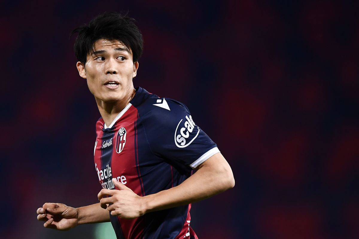 Takehiro Tomiyasu of Bologna FC looks on during the Serie A...