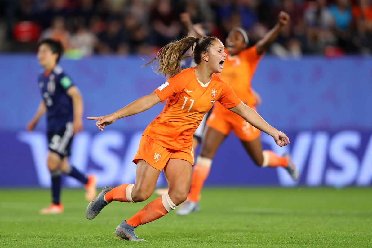 Netherlands v Japan: Round Of 16 - 2019 FIFA Women's World Cup France