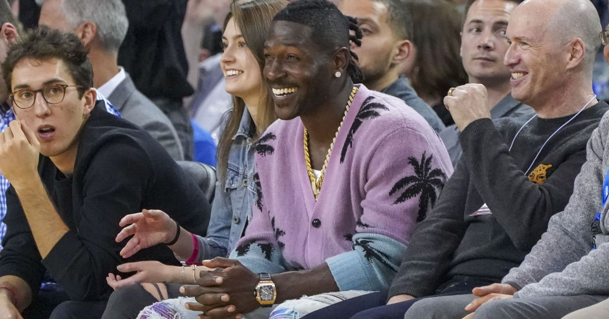Antonio Brown should learn not to look a gift horse in the mouth