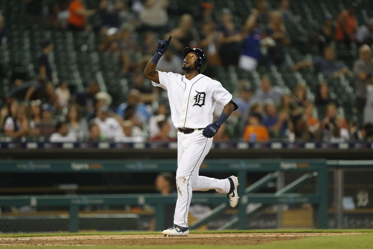 Tigers 10, Royals 8: Early pitching implosions end in walk-off victory