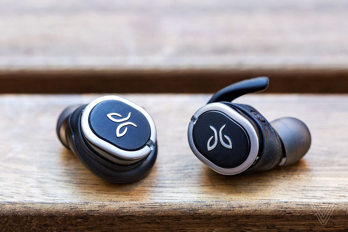 Jaybird's Run wireless earbuds are ruined by unreliable Bluetooth