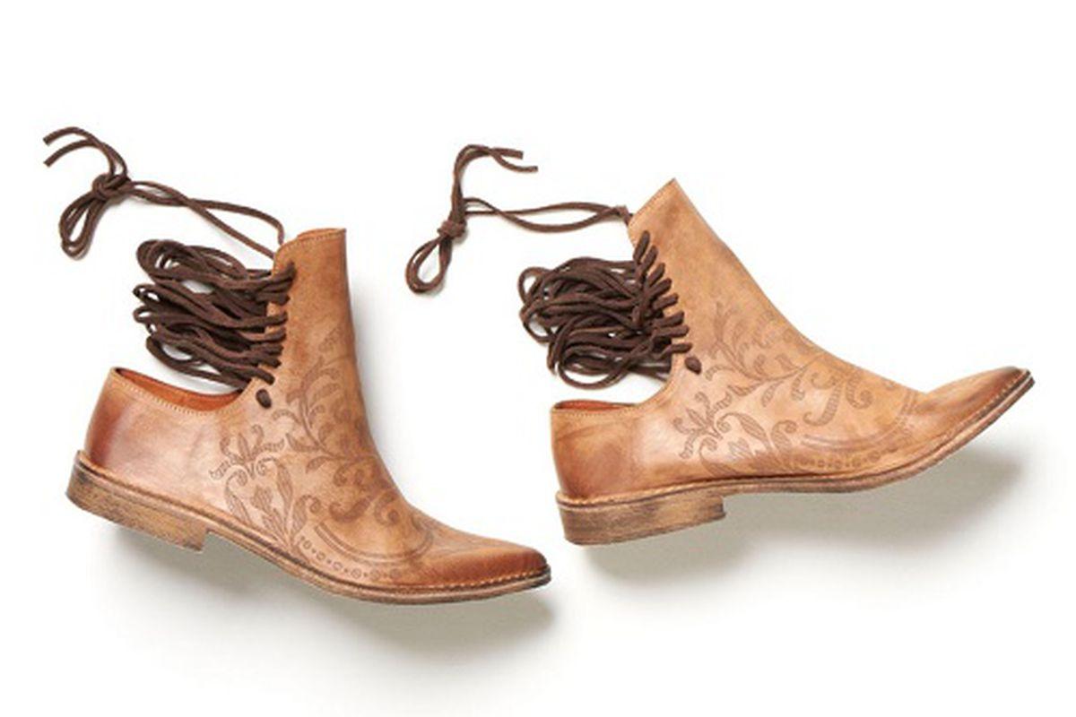 """Image credit: <a href=""""http://www.wwd.com/footwear-news/markets/free-people-unleashes-footwear-7408820"""">WWD</a>"""