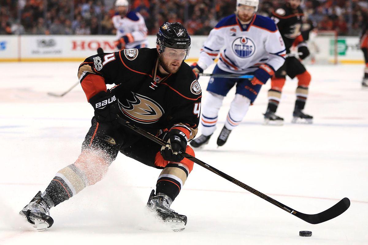 Anaheim Ducks sign Ryan Miller — NHL free agency