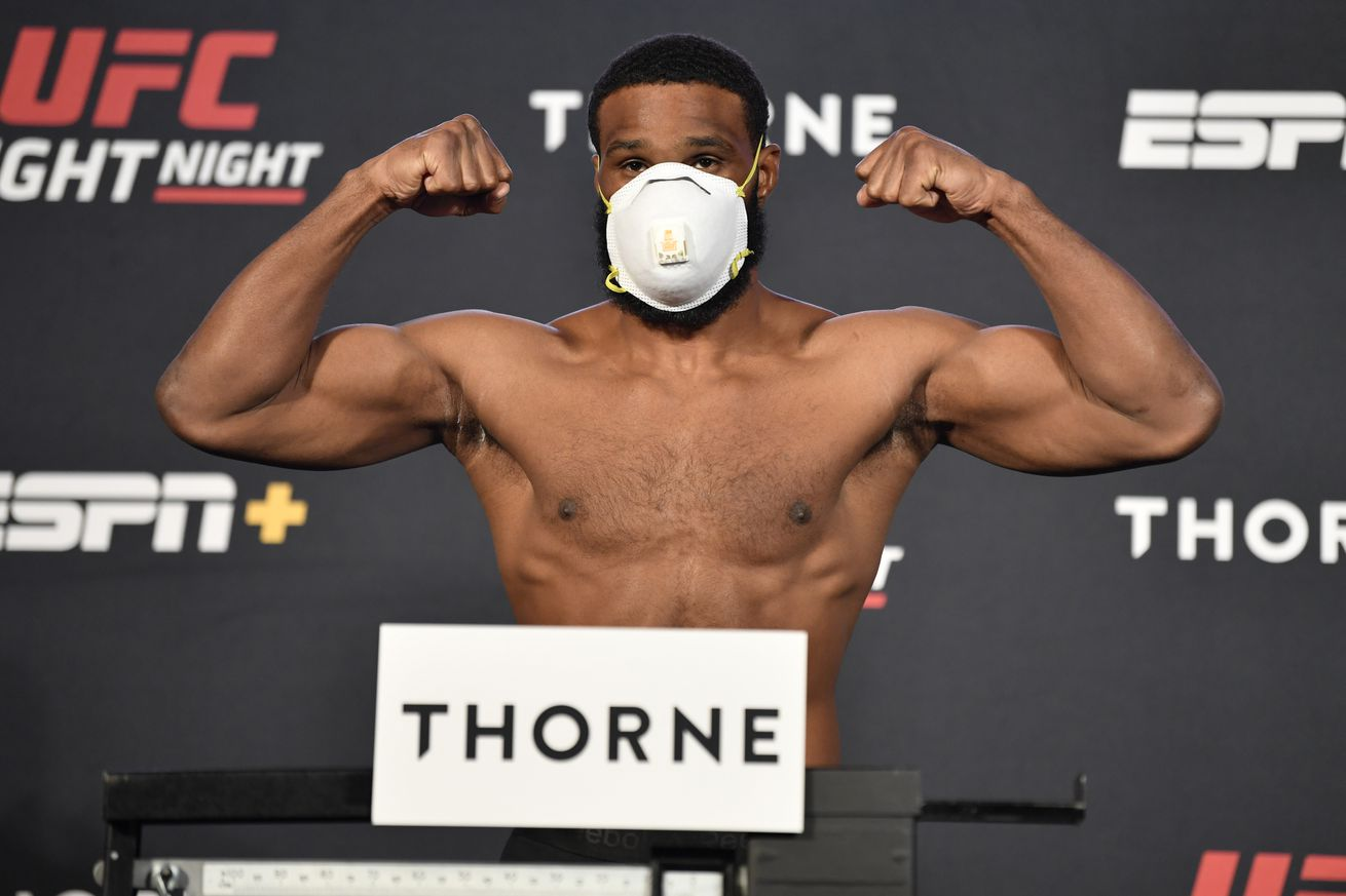 UFC Fight Night Woodley v Burns: Weigh-Ins