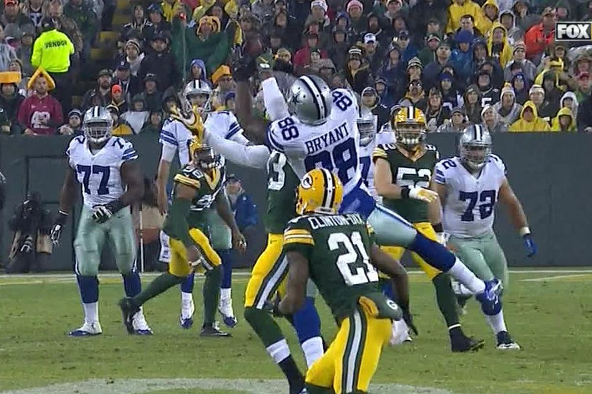 Dez Bryant Made Another Incredible Catch At Lambeau Field