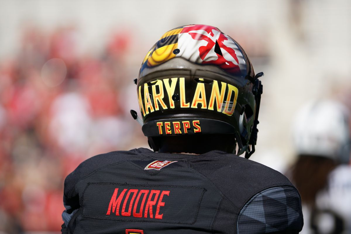huge discount 262ff 46181 Maryland football's DJ Moore has jersey retired at Imhotep ...