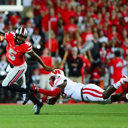 Braxton escaping a pursuing defender.