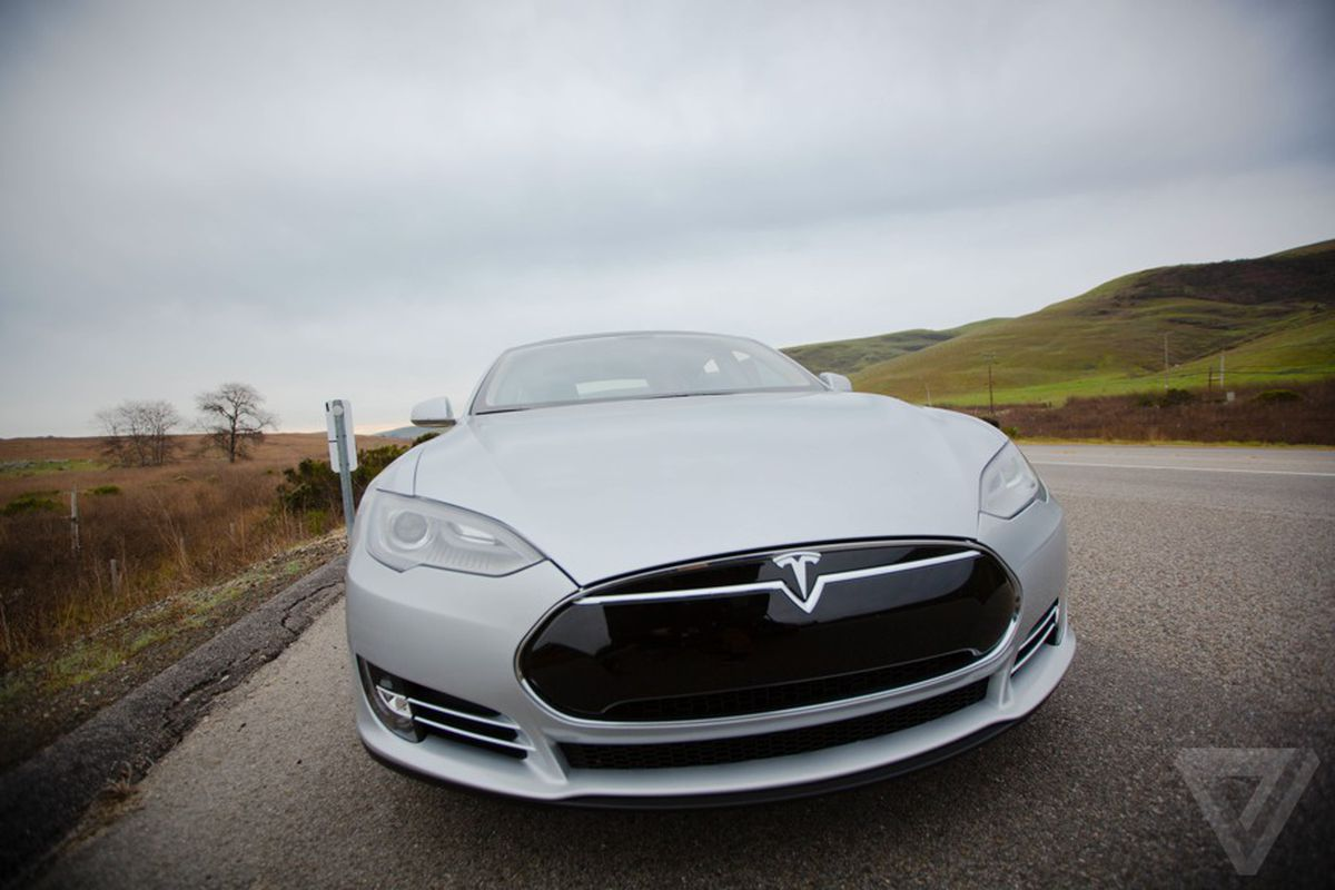 Tesla S Model S Electric Car Nabs Top Us Safety Rating The Verge